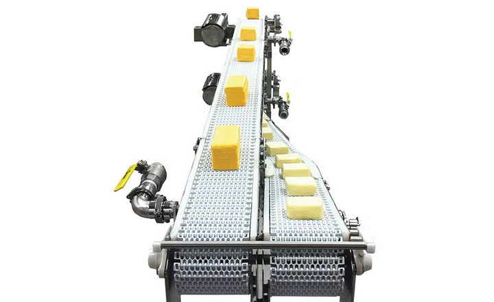 Conveyor systems and robotic palletizers do the heavy lifting in dairy plants